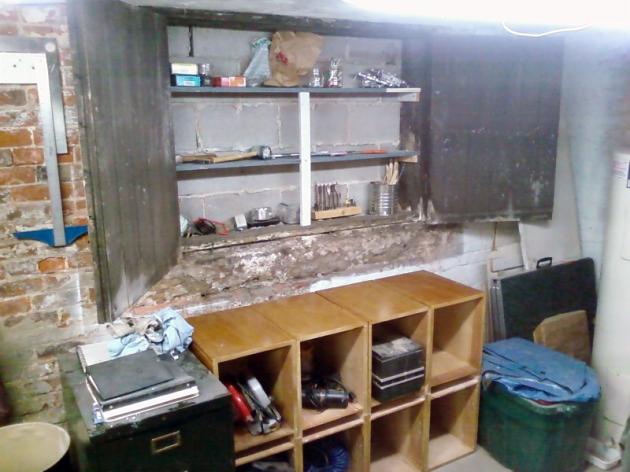 Modular studio shelving
